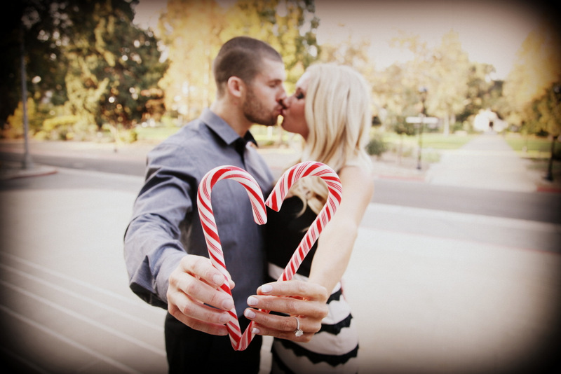 16 Engagement Pictures Candy Cane Heart